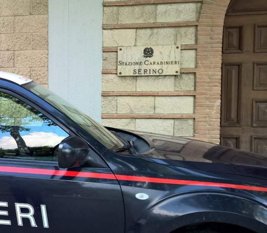 Photo of Serino, arrestato pusher mentre infastidiva clienti in un bar