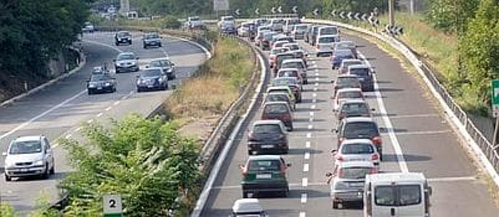 Photo of Raccordo Salerno-Avellino: traffico in tilt a Pasquetta