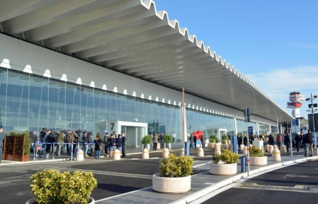 Photo of Latitante irpino arrestato all'Aeroporto di Fiumicino: era in fuga dal 2018